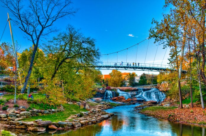 Falls-Park-on-the-Reedy-featuring-the-Liberty-Bridge-696x460